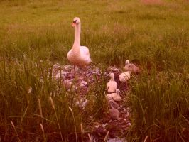 Mama and kids by eschlehahn
