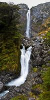 Devil's Punch Bowl Falls by Niv24
