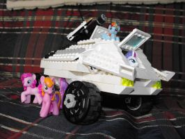 Lego Pony IFV, front by TheCentipede