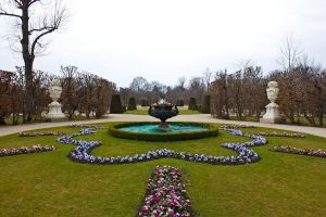 garden in vienna by Onatcer