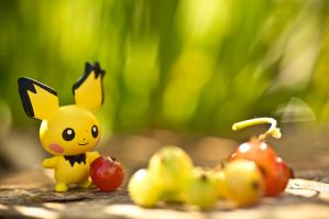 Pichu and Cheri Berries by FlutStop