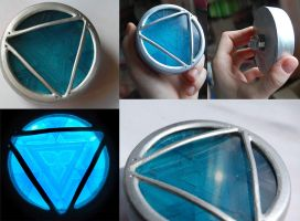 Iron Man 3 Arc Reactor hand made replica by AcidDaisy