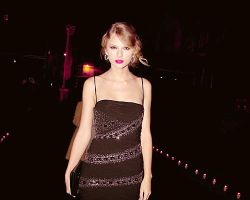 taylor swift 13 by betweenyourwings