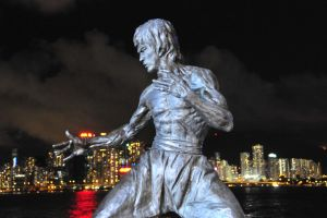Bruce Lee in Hong Kong night.. by anubis