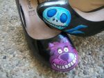 Cheshire cat and Jack Skellington on shoes by guerredesmiroirs