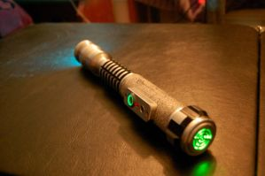 Custom Lightsaber by jonsparrow