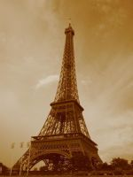 The Eiffel Tower by SpikedPyro