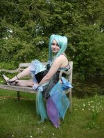 Just trying to look good sitting on a bench (Miku) by Elanorwen