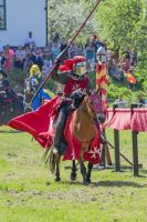 The Red Knight is speeding by attomanen