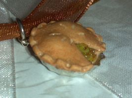 Apple Pie Pendant by ninja2of8