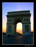 L'Arc de Triomphe by Ana-D