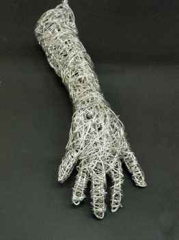 Wire arm by Mary741