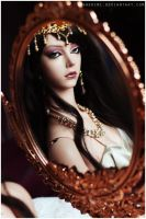 Tell me mirror, who's the fairest of them all? by sherimi