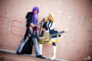Vocaloid Kagamine Rin and Kagamine Len by InguzXparking