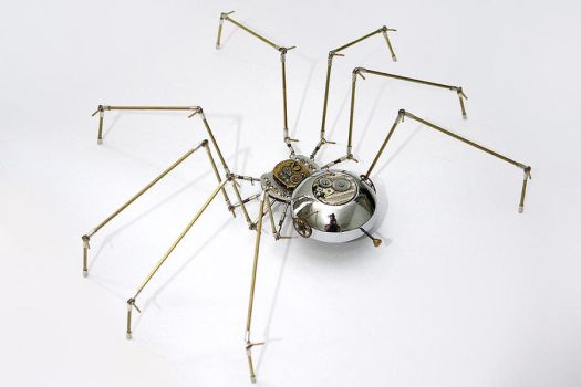 Steampunk metal spider sculpture by hardwidge