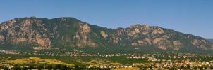 Cheyenne Mountain Range by Kaibu