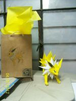 jolteon papercraft by rafex17