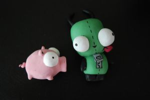 Gir and Piggy. by Skissored