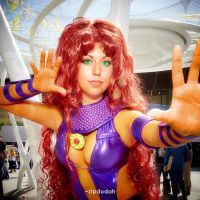 Starfire [094] FanimeCon 2014 by zipdodah