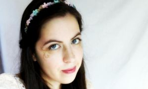 DIY Wire Flower Headband Tutorial by RubyReminiscence