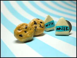 Milk and Cookies Earrings by GrandmaThunderpants