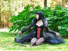 dark queen by The-beauty-Loec