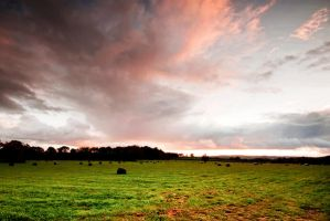 .: Bosbury Evening Sky :. by Dave-Ellis