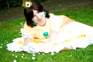 Daisy - Me and my people XD by Rayi-kun