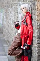 Dante Cosplay - Leaned back by Abessinier