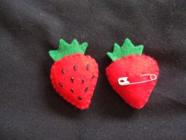 Ichigo Strawberry Pin by UnconsciousRoute