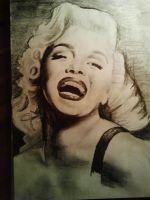 Marilyn Monroe drawn with pencil by sophie-eveline95
