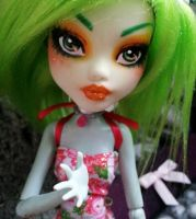 plumie faceup by SentinelDeMilo
