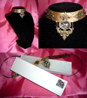 AW: Cheshire Collar by sadwonderland