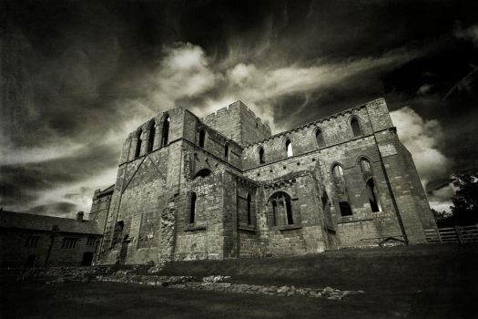 Lanercost Priory mono by newcastlemale