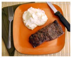 Steak and Mashed Potatoes by cb-smizzle