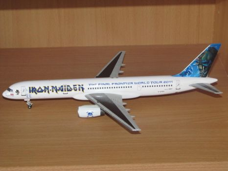 Iron Maiden's Ed Force One 1:200 scale model by LFC1976