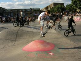 Sk8 Jammin at Brixton Beach 2 by mORGANICo-cOM