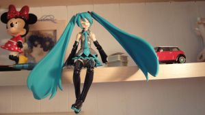 {Miku live in my room} by SoniaX99