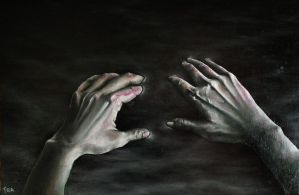 Hands in oil mani nel petrolio by fraflabellina