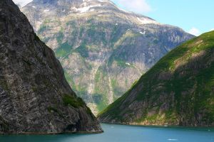 Tracy Arm, Alaska by rosswillett
