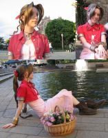 FFVII Aeris cosplay by Shastachan