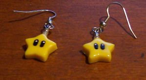 Mario inspired Star earrings by jnsun