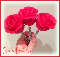 Cake Pop Roses on Bling Lolly Sticks by gertygetsgangster