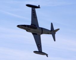 Lockheed T-33 flyby by shelbs2