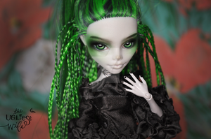 Ghoulia Yelps repaint by theugliestwife
