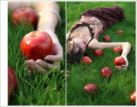 Eva apple_And even Eve has the by SveGor