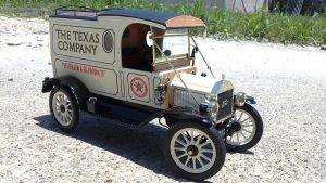 1913 Ford Model T Van by vash68