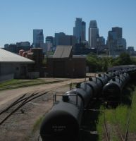 Minneapolis skyline and trains by mpsb