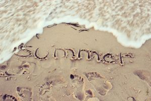 summer (: by littlemusicfreak