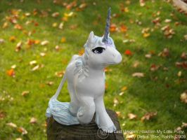 The Last Unicorn custom pony by Bee-chan